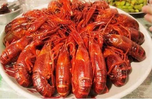 武汉靓靓蒸虾老板_虾子肥了,武汉最好吃的小龙虾在哪里?_房产武汉站_腾讯网