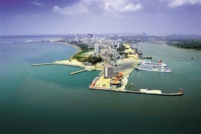 具备规模交通运输能力,与海南对接的港口便有海安旧港,海安新港和火车