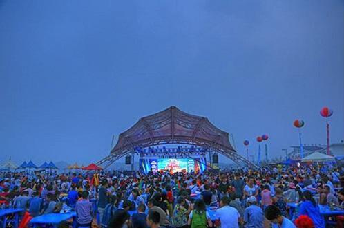 沙滩音乐节_沙滩音乐节嗨翻金石滩_大辽网_腾讯网