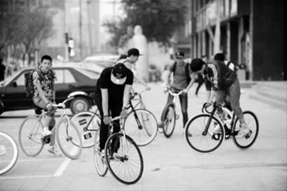 简易画的盘式图片_自行车飞轮解破图_自行车飞轮解破图高清图片