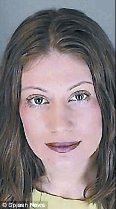 乱伦淫荡操逼_被指控诱奸儿子发生乱伦案的美国35岁母亲艾梅·路易丝·索德.
