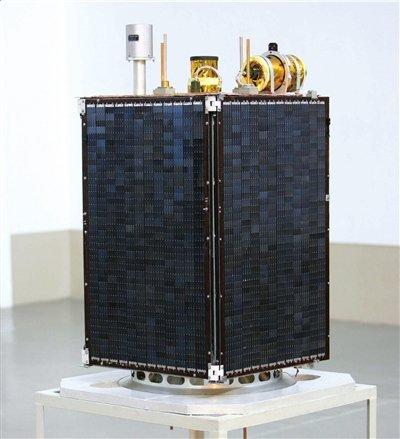 朝鲜对外媒开放卫星发射场 运载火箭已组装完毕