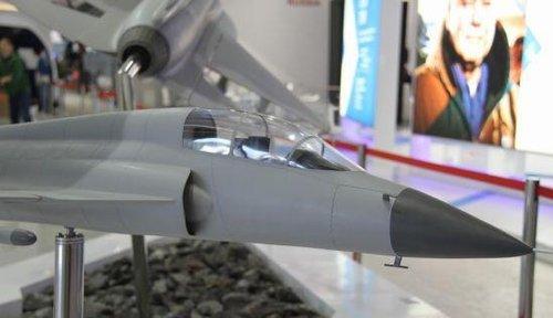 俄媒透露阿根廷购中国枭龙细节:可指挥无人机