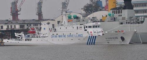 中国海监船编队今晨抵达钓鱼岛附近海域巡航