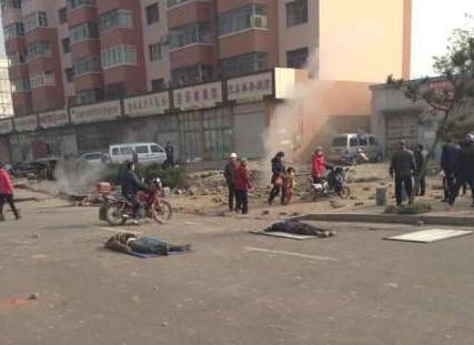 黄岛历史天气_黄岛爆炸已经致6人遇难40余人伤 重卡被掀翻(图)_新闻_腾讯网