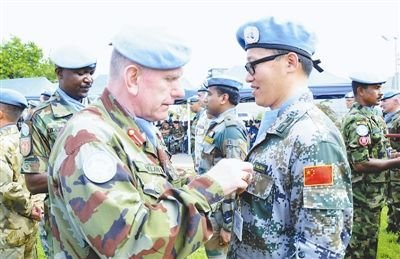 中国驻黎巴嫩维和参谋军官全体获联合国勋章