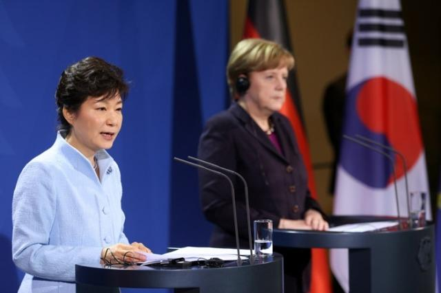 """朝鲜与韩国的关系_朝鲜提""""统一联邦制""""并非变天 与韩国自说自话_新闻_腾讯网"""