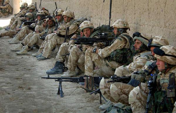 俄专家:22万英军可能在地区冲突战胜230万解放军