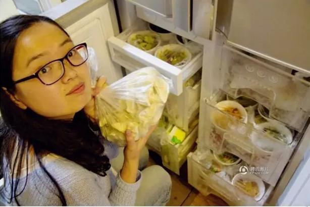 """近为妻备1年食物军营""""暖阳"""":炒出来的福"""