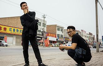 湖北小伙身揣五百块闯雄安_中国人的一天_腾讯新闻_腾讯网