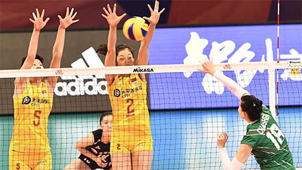 中国女排3-0保加利亚 朱婷15分女排收获两连胜