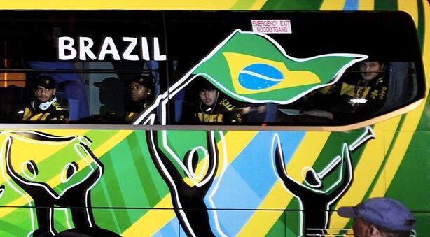 巴西国旗的含义_巴西国旗上颜色和图案的象征意义-巴西国旗的象征意义