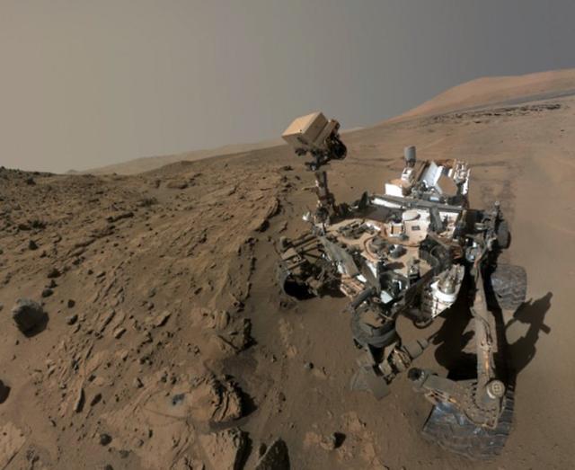 """好奇号火星车完成了第一个""""火星年""""任务"""