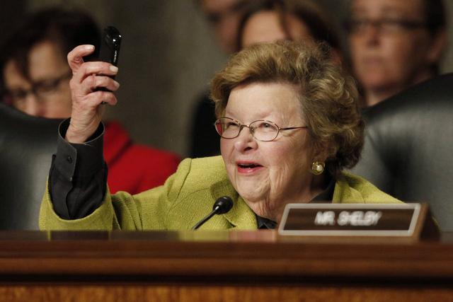 """发完最后600部 黑莓手机将""""离开""""美国国会"""