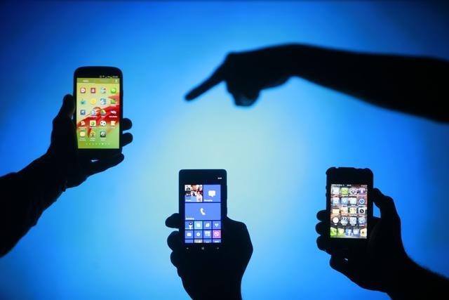 """""""699元送苹果手机""""引上万回散人被骗 警方抓获1响5噬0人"""