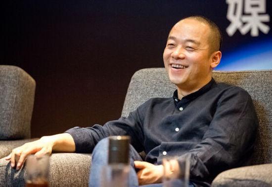 冯鑫:互联网老板拿30%股份基本上臭大街了