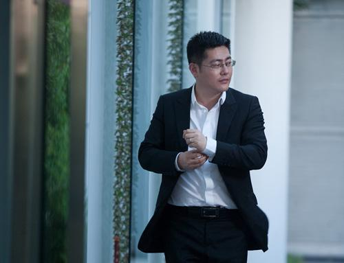 晰王飞晒机场享用美食照 网友:真性情与晨的女子最中无畏