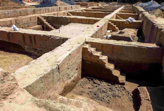 在河南安阳发现的东汉匈奴墓葬