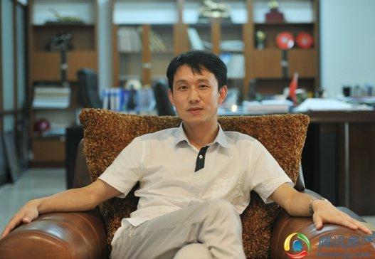 武汉交友qq群年龄35_陈勇:执拗和苛刻成就了尚格口碑_房产_腾讯网