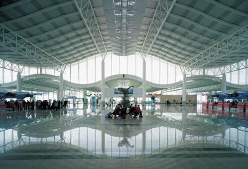 杭州机场_杭州机场国内出发启用新值机岛 到达层多了个出口